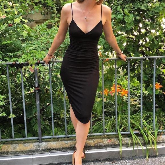 b202e9d3574 American Apparel Dresses   Skirts - American Apparel Sofia Midi Dress